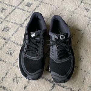 Nike 5.0 men's athletic shoe